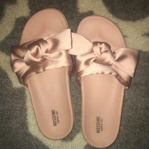 Mossimo Bow Sandals